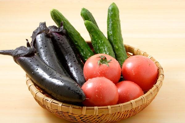 トマト、きゅうり、ナス